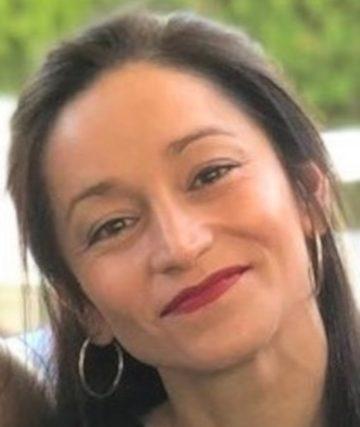 Ester Olivas Cáceres